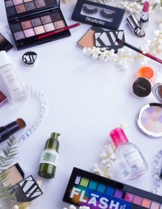 different types of cosmetic products